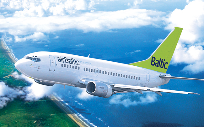 airbaltic_plane